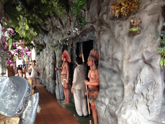 Sometimes we see and experience strange things during our travels. While we were in Little India, we ate lunch at a little restaurant called The Jungle Tandoor. At first sight, it reminded us of the Rainforest Cafe. After a closer look, we started to realize that the Singaporean Indians don't seem to be in touch with their ancestral roots. Our first clue should have been when we passed through the front doors, which were flanked by Native Americans. Inside, the dining room was scattered with animals from the rainforest (including monkeys, elephants, toucans, and lizards). Then, we noticed polar bears, dinosaurs, bald eagles, and seagulls mixed in with the grouping.